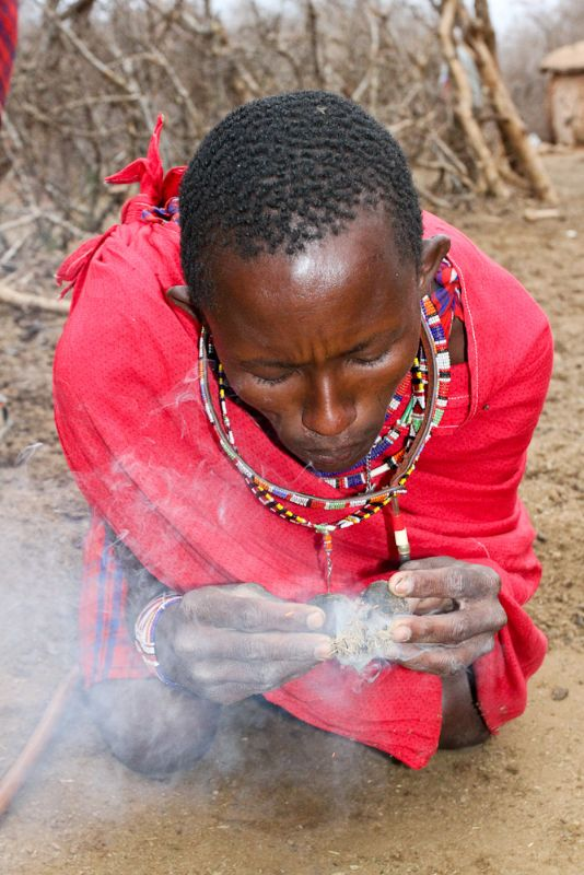 starting-a-fire-the-maasai-way