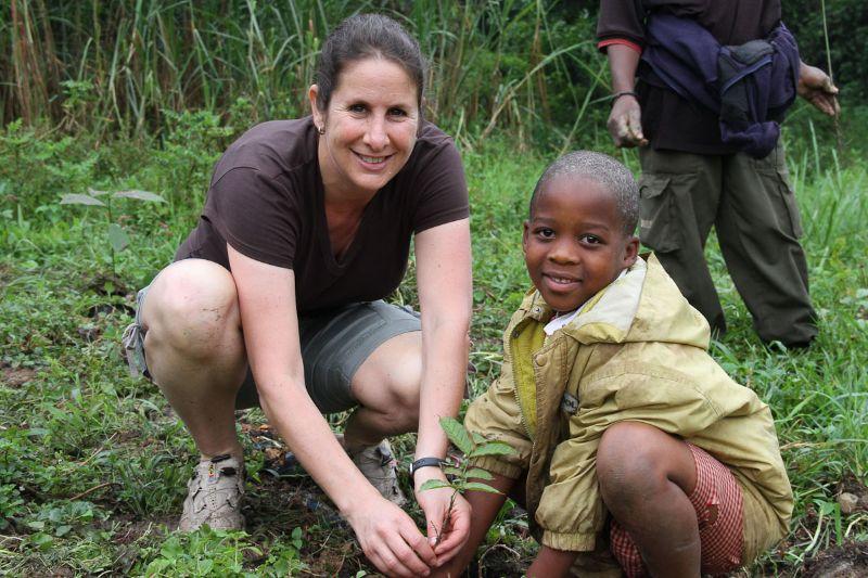 Lisa tree planting - Uganda